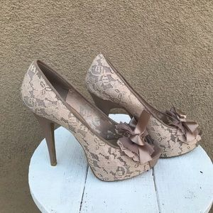 *Chinese Laundry high heels for women size 9